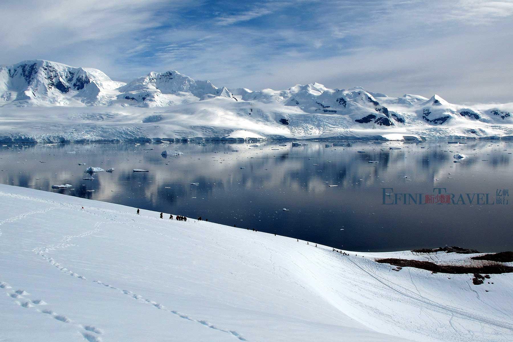 南极雪地徒步