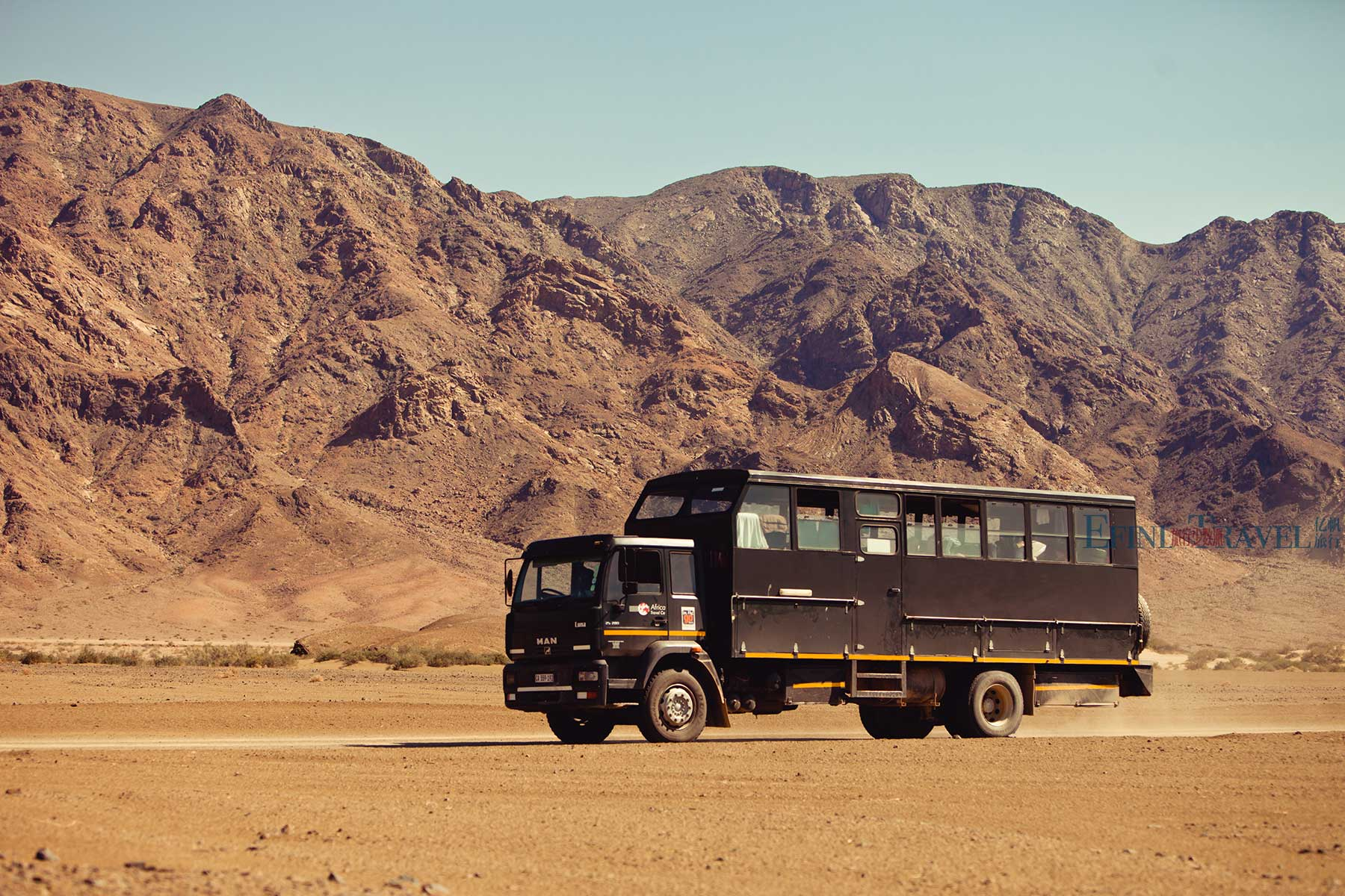 专业越野卡车穿越非洲旅游